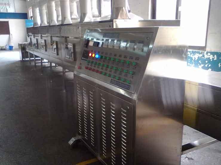 微波干燥机应用于棉签的干燥和杀菌